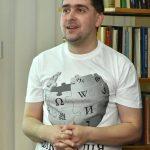 Мар'ян Довганик — український вікіпедист з десятирічним стажем