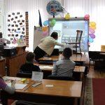 Під час заняття клубу «Відкрийте у собі художника»