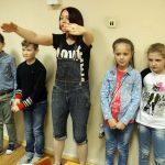 Наталія Андрущенко пояснює, як бачити і відображати співвідношення на малюнку