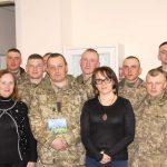 Літературні посиденьки з Дзвінкою Торохтушко «Наче немає війни…» (23 квітня)